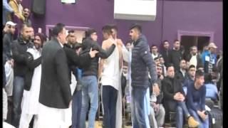Bini - Pehlwan Kabir vs Pehlwan Asad     -   Keighley Mela 13-12-2015
