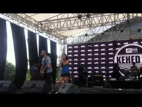 The Frustaters - Perjalanan (Live at KEHED Fest 2013)