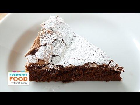Video 4-Ingredient Flourless Chocolate Cake - Everyday Food with Sarah Carey