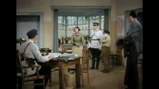 Я б ее сама на куски порвала - Подкидыш (1939)