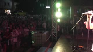 SARAGOSSA BAND Hungary Hévíz - 19.08.2016 Audience sings Big Bamboo