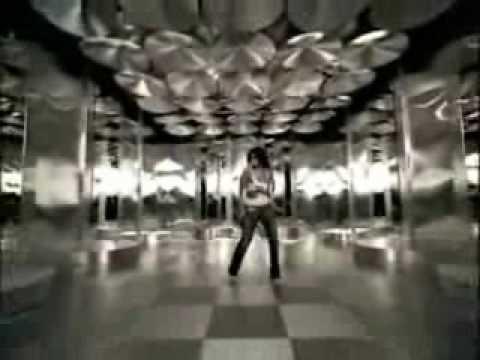 Laura Pausini-Bellisimo Asi (videoclip)