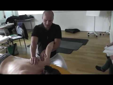 Rückenschmerzen, wenn es in Bewegung