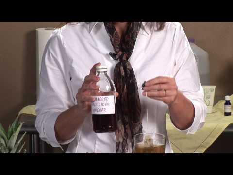 , title : 'Natural Remedies & Nutrition : How to Make Apple Cider Vinegar Toner'