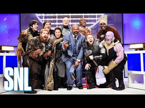 Saturday Night Live Characters from Game of Thrones and Avengers Endgame Play Family