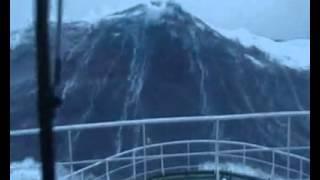 Смотреть онлайн Разрушающие волны Северного моря