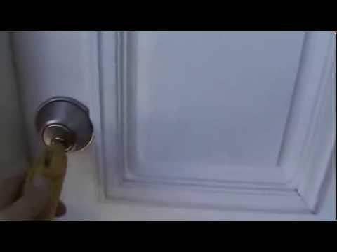 comment ouvrir une porte sans effraction la r ponse est sur. Black Bedroom Furniture Sets. Home Design Ideas