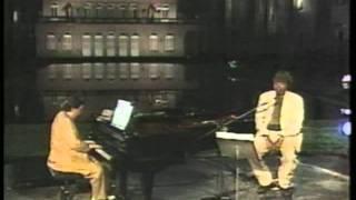 Milton Nascimento e Tom Jobim   Só Tinha De Ser Com Você ao vivo 1993