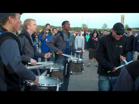 Tapping off a few reps with Redline Percussion 2010 snareline