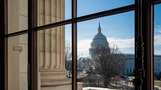 Senate Votes On Competing Proposals To End Shutdown
