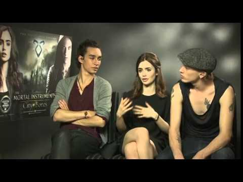 The Mortal Instruments: City of Bones - interview with Robert Sheehan, Lily Collins, Jamie Campbell