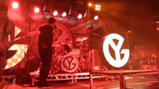 Young Guns - Broadfields (live in Cardiff, 11-10-2012)