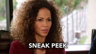 419 - Sneak peek #3 : Stef, Lena et Callie parlent avec les avocats