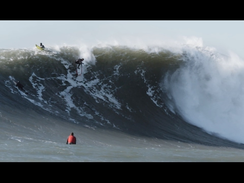 This Might Be the Prettiest Footage of Surfing Giant Mavericks Weve Ever Seen - The Inertia