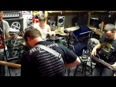 The Ladderback - I Wrote The Automatic Magnetic (Practice 2012).mp4