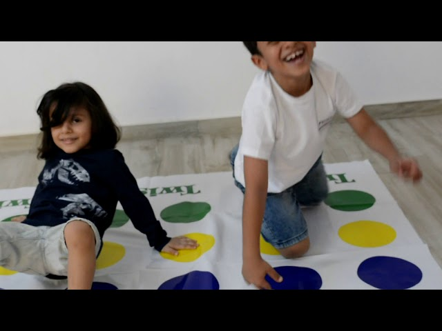 كيفية لعب لعبة تحدي تويستر Twister Twister Game لعبة تحدي تويستر