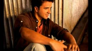 Luis Fonsi- Y ahora como te olvido with english subtitles
