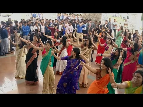 Download jimikki kammal | flashmob at ssimsrc medical college HD Mp4 3GP Video and MP3
