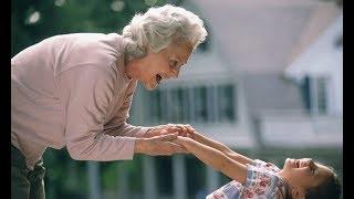 Не хочу, чтобы моя Сонечка общался с нищебродами, — заявила мне одна бабуля во дворе.