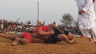 Men Vs Women : Divya Sain Fights With Her Male Opponent