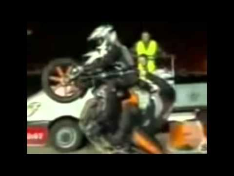 Download Awesome car and bike stunts videos HD Mp4 3GP Video and MP3