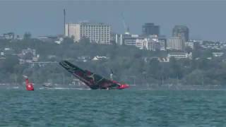 AC36: Hi-res video of ETNZ's capsize while training today (Thursday in NZL), courtesy of the tea