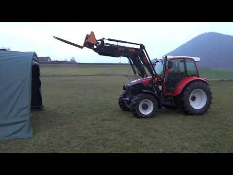 Belastungstest 2 Traktor gegen Zelt