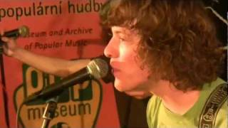 Video Je mi jedno - Curlies (2012)