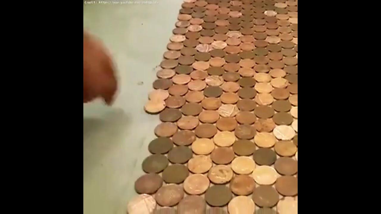 Podlaha z 27 000 mincí