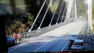 В Сочи золотой Mercedes насмерть сбил девушку (видео)