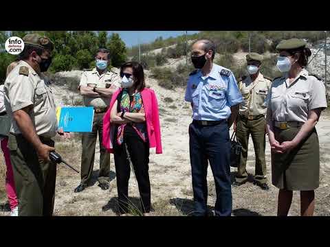 Robles asiste a una prueba de supervivencia contra mina del vehículo Ibero de TSD