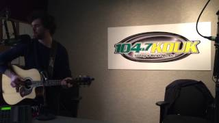 Vance Joy performs Mess Is Mine live at 104.7 KDUK