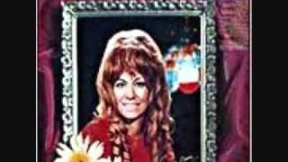 Dottie West- Who Put The Leavin In Your Eyes/ And I'm Still Missing You