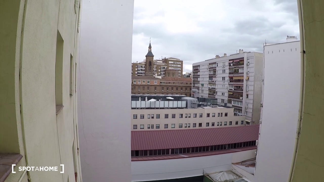 Rooms for rent in a stylish 12-bedroom apartment in Malasaña