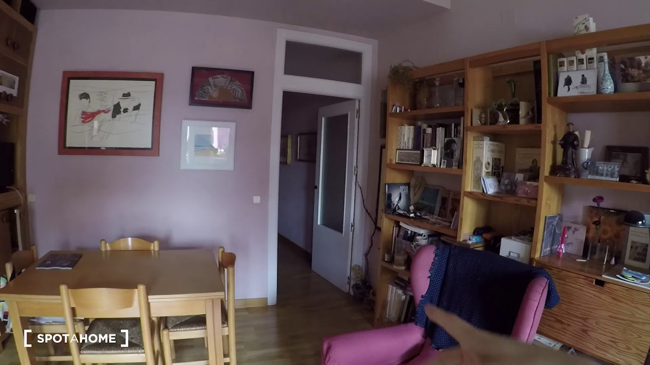Cosy room for rent in 2-bedroom apartment in Tetuán