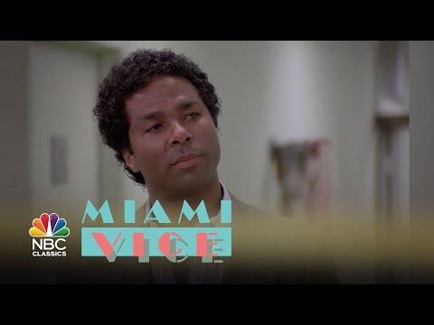 Video trailer för Miami Vice - Show Trailer | NBC Classics