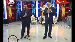 Şükrü Güler & İsmail Türüt   Potpori [ Türüt Show Canlı Performans ]
