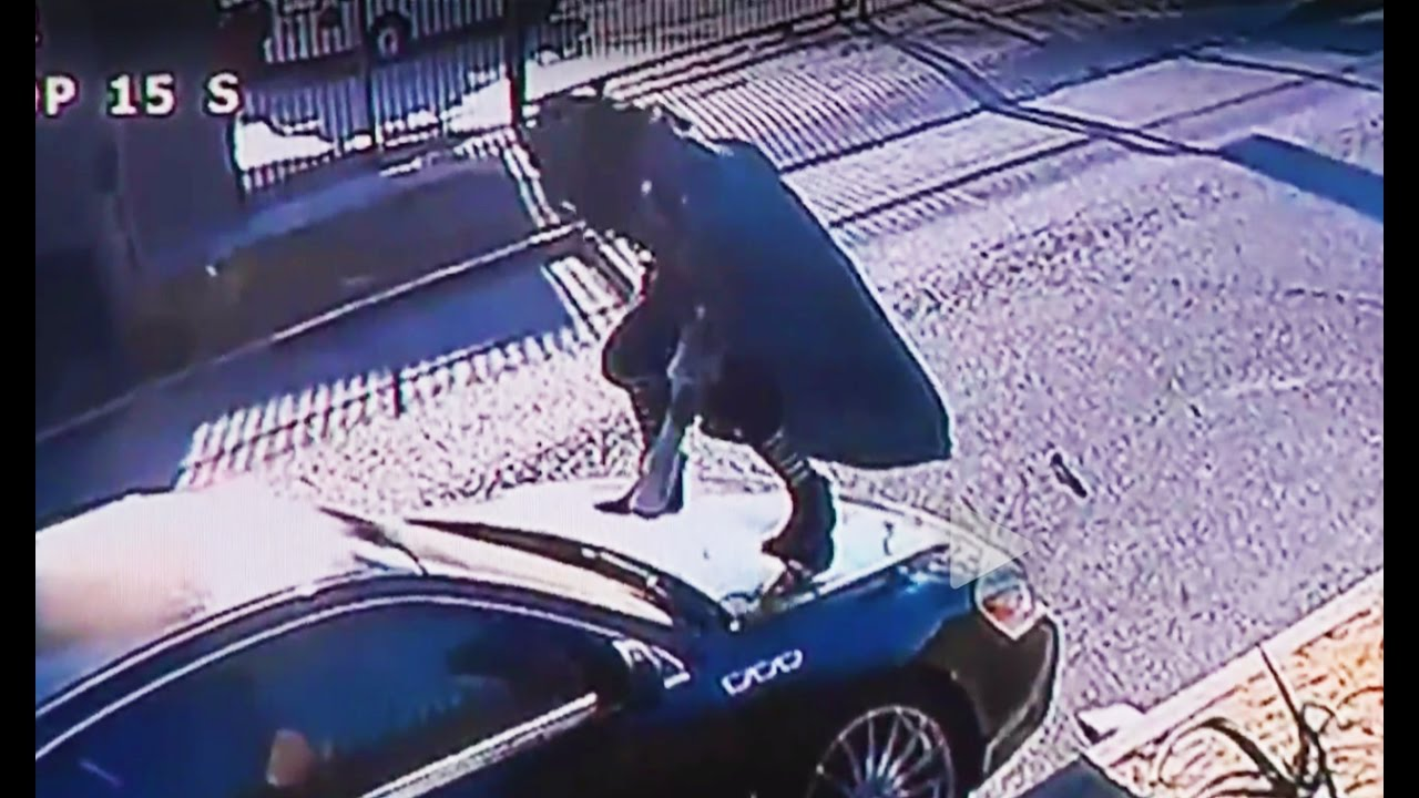 Woman Attacks Car For SIX HOURS (VIDEO) thumbnail