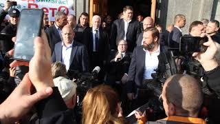 Г. Кернес перед митингующими предпринимателями о дороге через рынок Барабашово