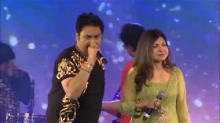 Mera Dil Bhi Kitna Pagal - Kumar Sanu & Alka Yagnik -Live in Concert, Dubai