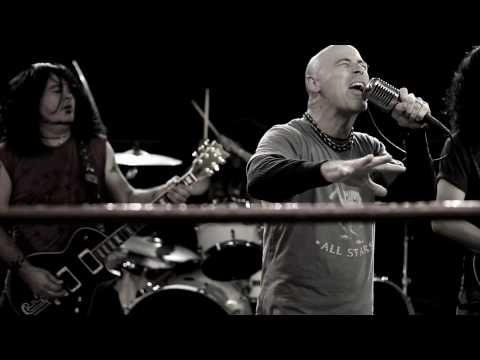 Armored Saint - Left Hook From Right Field (OFFICIAL VIDEO) online metal music video by ARMORED SAINT