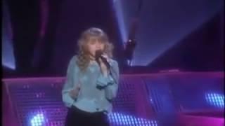 "12 Years Old Christina Aguilera singing ""I Have Nothing"" Whitney Houston song HQ"