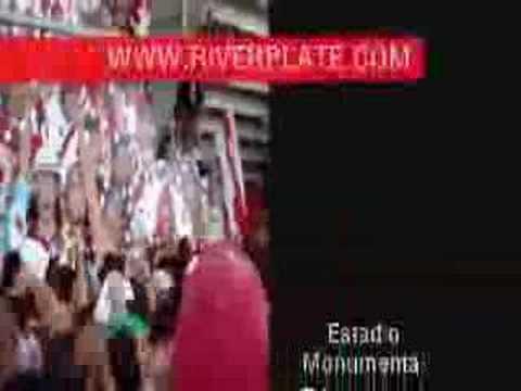 """""""sos cagon"""" Barra: Los Borrachos del Tablón • Club: River Plate • País: Argentina"""
