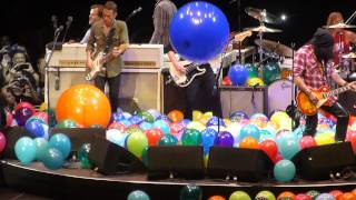 Foo Fighters - Tie Your Mother Down (W/ Slash & Tenacious D)  (The Forum,Los Angeles CA 1/10/15)