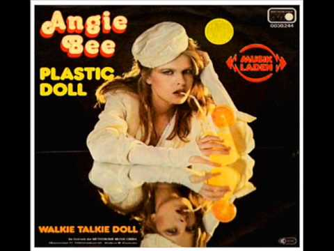 ANGIE BEE     PLASTIC DOLL MUÑECA DE PLASTICO 1980