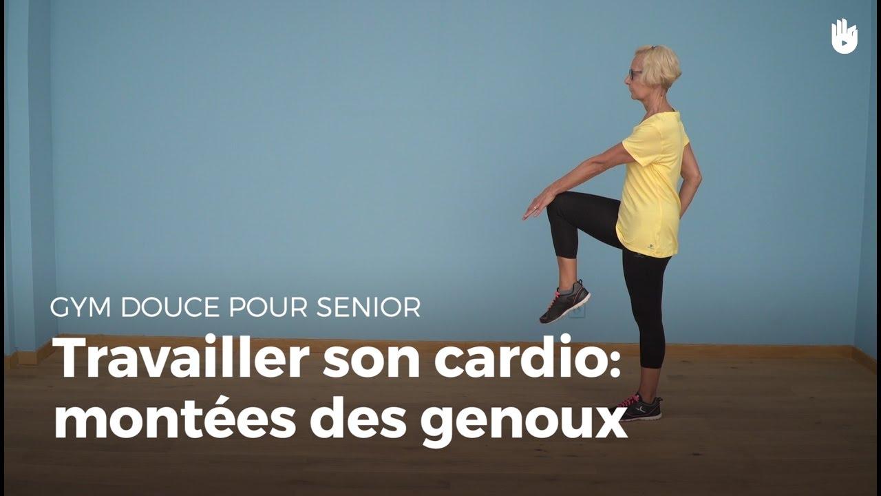 exercice cardio mont es des genoux exercices de gym douce pour senior sikana. Black Bedroom Furniture Sets. Home Design Ideas