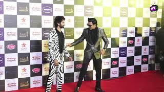 Shahid Kapoor & Ranveer Singh First Time Together Pose For Media @StarScreenAwards2019!