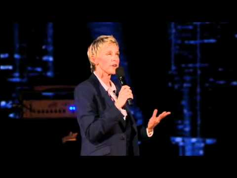 Ellen Chats with the Audience in Chicago