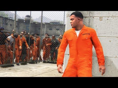 GTA 5 - ESCAPE The PRISON in a ZOMBIE Outbreak!