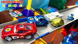 PIXAR CARS EN LA SUPER MONTAÑA DE VELOCIDAD